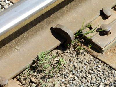 Двое новосибирцев создали угрозу пуска поездов под откос кражей противоугонов