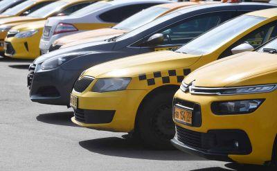 Таксисты Новосибирска объявили забастовку