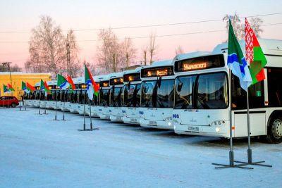 Сразу 15 новых минских автобусов выходят на маршруты в Новосибирске