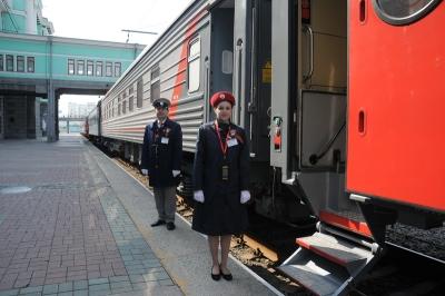 В Новосибирске топ-менеджеры РЖД два года носили взятки начальнику