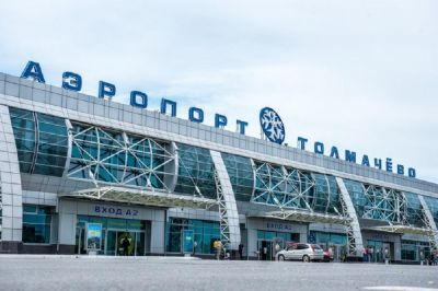 В Толмачево совершил экстренную посадку Boeing 747
