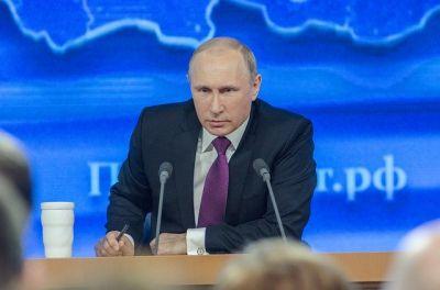 Путин объявил нерабочими дни с 1 по 11 мая