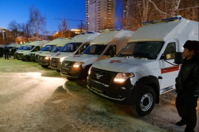 Новосибирские больницы получили 28 машин с аппаратами ИВЛ