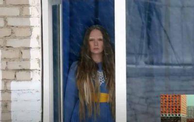 В Новосибирске осужденные девушки сняли пародию на клип «Плачу на техно»