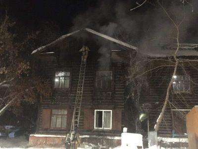 Страшный пожар в Новосибирске едва не унес жизни двух человек