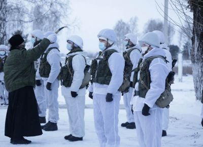 На Алтае для охраны расположили зенитные ракетные комплексы