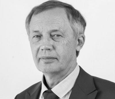 Умер проработавший почти 50 лет в НГТУ проректор Геннадий Расторгуев