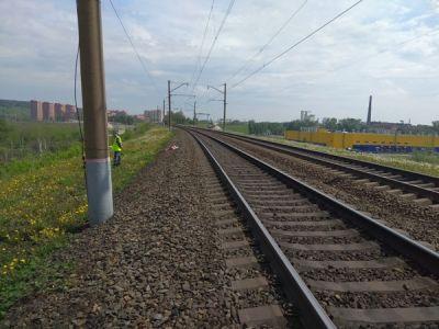 Мужчина в наушниках погиб под колесами электрички в Новосибирске
