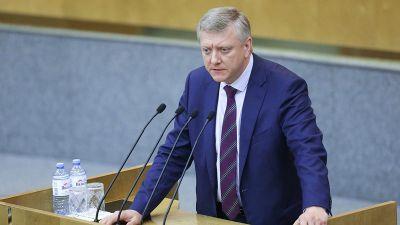 Депутат предложил сажать россиян за клевету в интернете