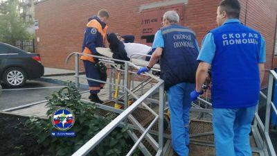 Пьяный новосибирец повис на заборе, сломал ногу и забыл свое имя