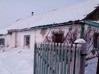 Пострадавшая от пожара многодетная семья получит квартиру в Карасуке