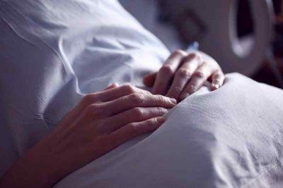 Почти 100 новосибирцев убил COVID-19 с начала года