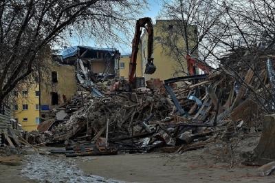 Прощай, коммуна: как в Новосибирске конструктивизм разрушали