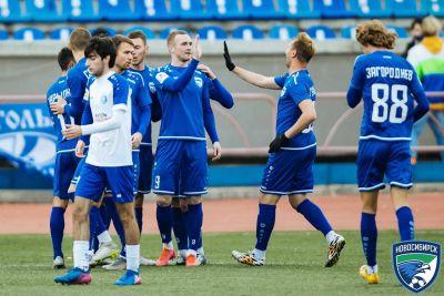 Футболисты «Новосибирска» небывало закончили год