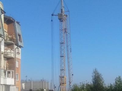 Жители Советского района опасаются заброшенного башенного крана