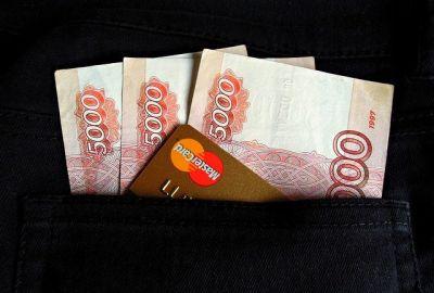 Должник-миллионер в Новосибирске лишился внедорожника