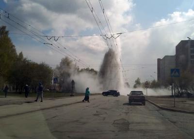 Десятиэтажный горячий фонтан обрадовал новосибирцев