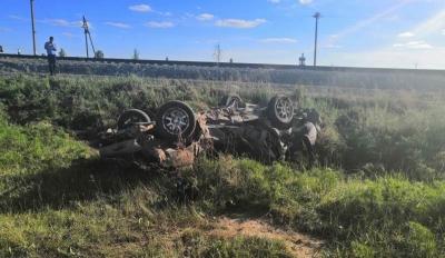 Водитель иномарки погиб после столкновения с поездом под Новосибирском