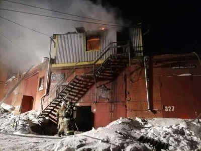 Возбуждено дело после гибели четырех рабочих при пожаре в Новосибирске