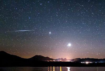 Венера и Юпитер образуют в небе над Новосибирском «двойную звезду»