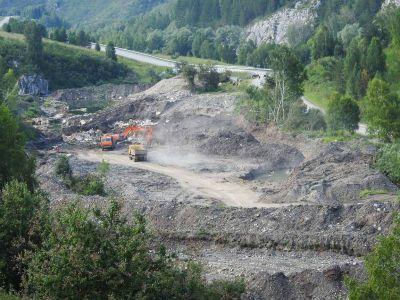 Новосибирцы забросили землю после добычи золота на Алтае