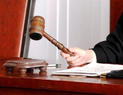 Попавшийся пьяным за рулем новосибирец съел талон медосмотра прямо в суде