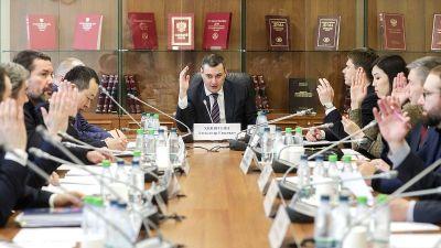 Депутат определил сумму штрафов для чиновников за оскорбление россиян