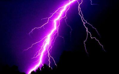 Второй новосибирец погиб от удара молнии