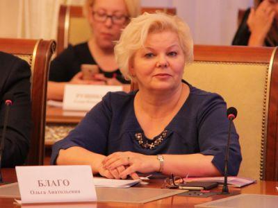 Глава новосибирского избиркома отчиталась о доходах в 15 млн рублей