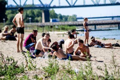 Способ загорать и купаться на закрытом пляже нашли новосибирцы