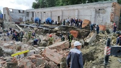 Представитель МЧС: «Шанс выжить у людей под завалами еще есть»