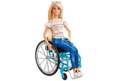 Кукла Барби в инвалидной коляске появилась в магазинах Новосибирска