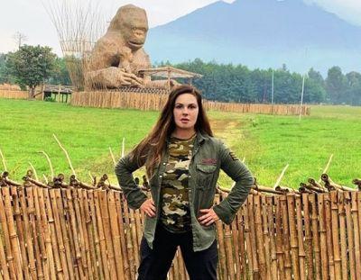 Екатерина Андреева оставила сына в Африке