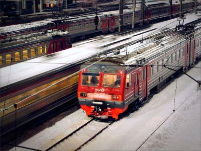 Электричка внезапно остановилась на пути из Коченево в Новосибирск