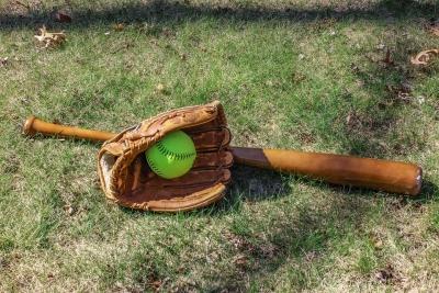 Новосибирец угомонил соседа-меломана бейсбольной битой