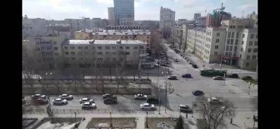 Колонна бастующих таксистов шумно проехала по Новосибирску