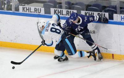 ХК «Сибирь» обыграл московское «Динамо» в серии буллитов