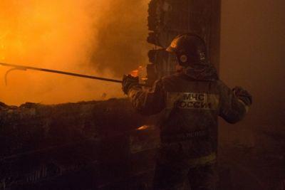 Мэр Новосибирска распорядился найти жилье семье, оставшейся без крыши над головой из-за пожара