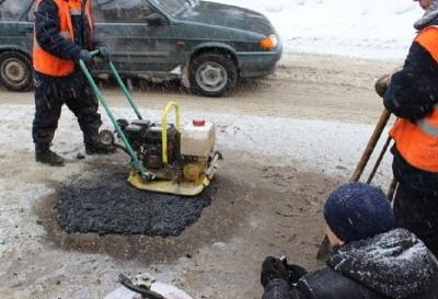 Новосибирские дороги продолжат ремонтировать в мороз