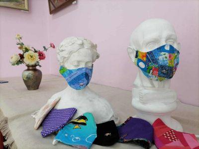Самые стильные маски от коронавируса выбрали в Новосибирске