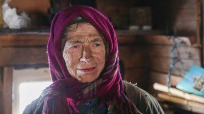 Отшельница Агафья Лыкова проведет зиму в компании молодого сибиряка