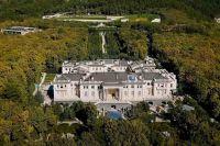 Названы возможные владельцы «дворца» в Геленджике
