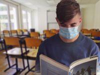 Роспотребнадзор: ситуация с COVID-19 в школах «стабильна»