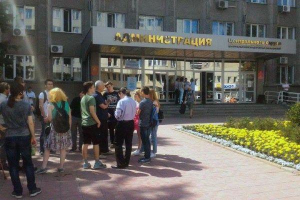 Новосибирский избирком не пустил на выборы тезку единоросса и коммунистов