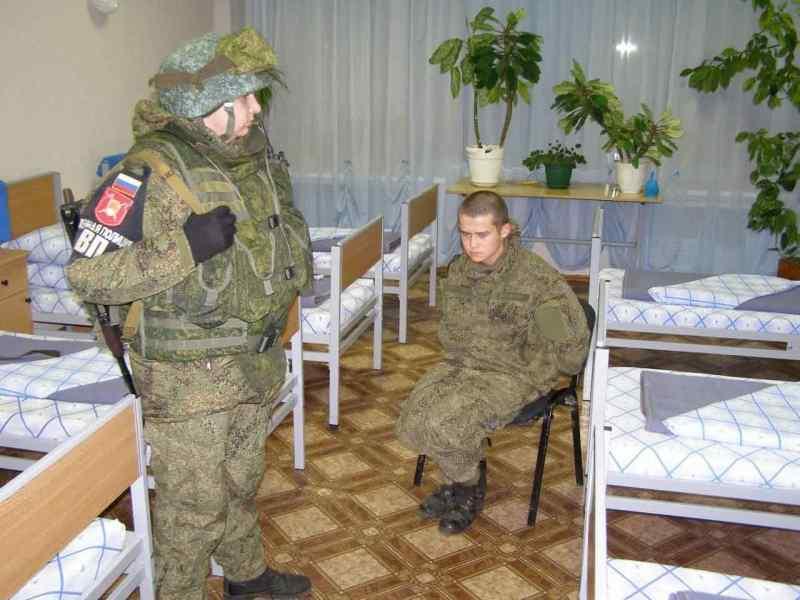 «Я протру твоим лицом ободок унитаза»: издевательства над Шамсутдиновым