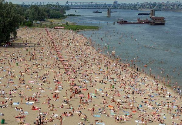 Спасатели разрешили купаться еще на пяти пляжах НСО