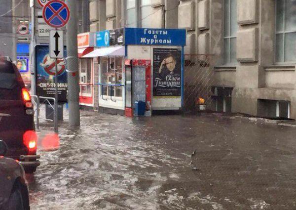 Новосибирск «научится» справляться с ливнями к концу 2020 года — мэрия