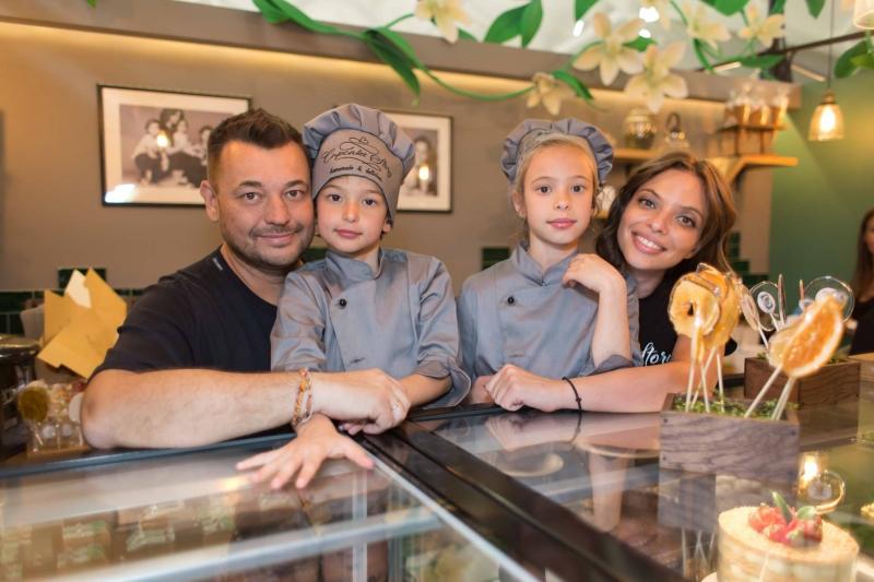 Сергей Жуков нашел подход к фанатам и детям