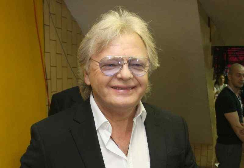 Антонову — 75: певец пустил в свои тайники