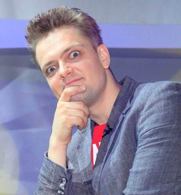 Александр Пушной исполнил рок-колыбельную в честь рождения третьего сына (видео)